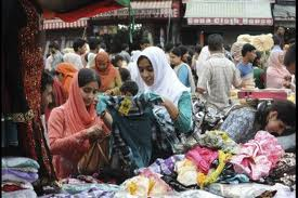 Women shopping for Eid outfit