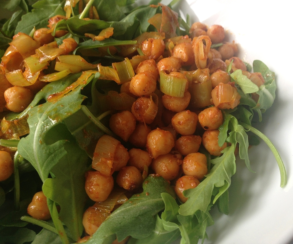 WARM GARBANZO BEAN SALAD - SALAT E NAKHOD