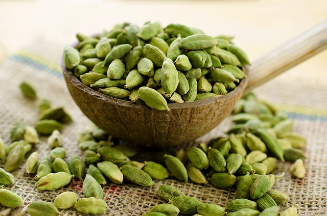 FIFTEEN BENEFITS OF CARDAMOM