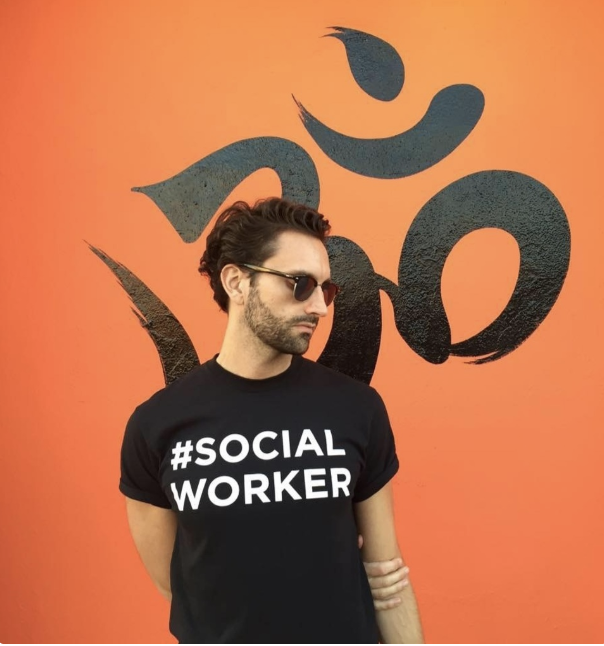 Cameron Cash - Social Media + Content
