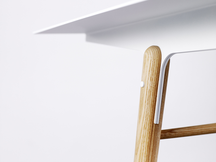 Thirteen wood table   Fit + bolt   Design To Connect - Your