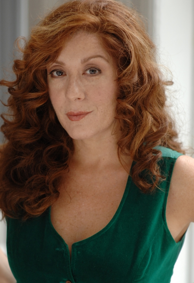 Jennifer Gordon Thomas as Iris Lassiter