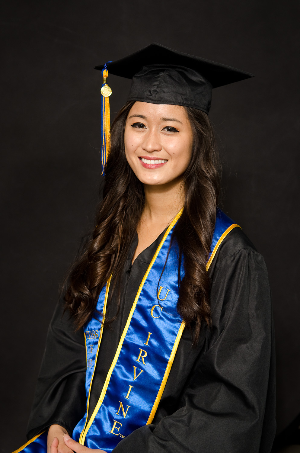 Bryan-Miraflor-Photography-Grad-Portraits-Bettina-0008.jpg