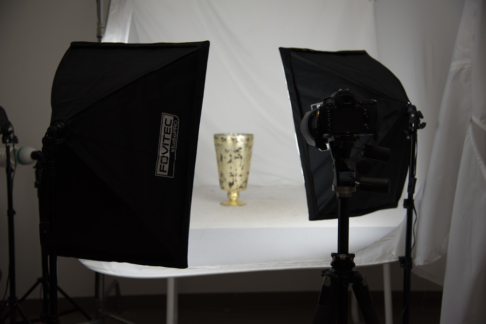 Bryan_Miraflor_Photography_Fovitec_Studio_Pro_850w_Auto_Pop_Up_Softbox_Lighting_Kit_Before_After_Gold_Vase_20160811_0003.jpg