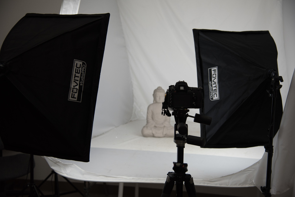 Bryan_Miraflor_Photography_Fovitec_Studio_Pro_850w_Auto_Pop_Up_Softbox_Lighting_Kit_Before_After_Statue_20160811_0003.jpg