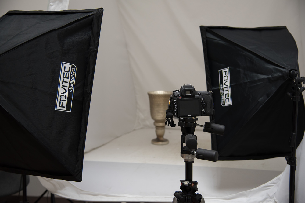 Bryan_Miraflor_Photography_Fovitec_Studio_Pro_850w_Auto_Pop_Up_Softbox_Lighting_Kit_Before_After_Vase_20160811_0001.jpg
