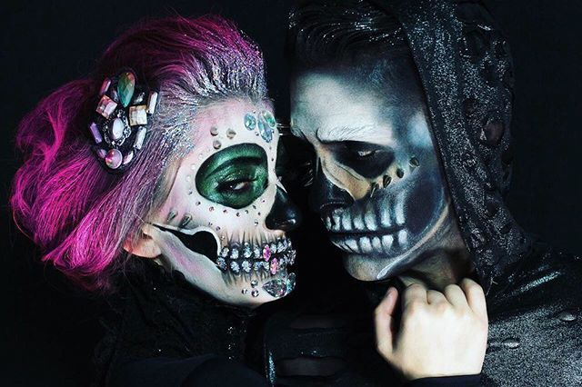 NOLA's favorite holiday is fast approaching and @preauxface makeup knows we don't hold back! Who needs a mask when you have these local talents?! Our latest feature is on the site today! 📸: @everettbrannonmua  #felicitymagazine #makeup #halloween17 #preauxface #art #localmakeup