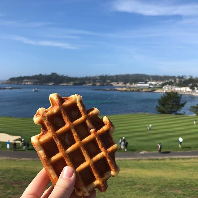 Sweet view, Suite Foods ⛳️ @attproam #whereyouwaffle #pebblebeach #wafflewithaview #golf #waffles