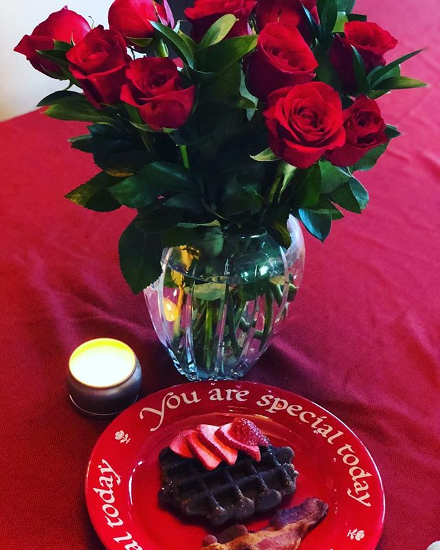 Happy Valentine's Day from the sweeties at @suitefoods! Enjoy this day of love! ❤️🌹😘 #youarespecial #happyvalentinesday #love #wafflewednesday #bemine #roses #waffles #chocolate #strawberries