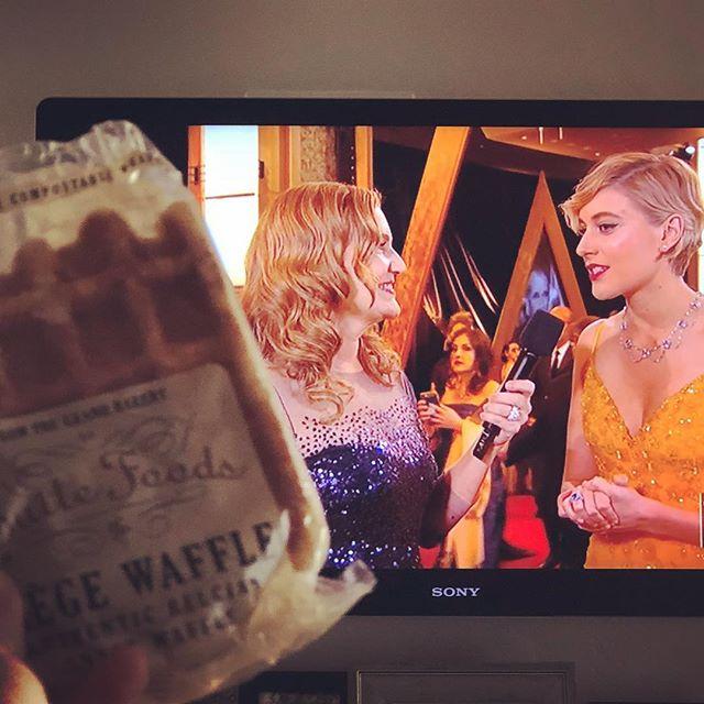 Snack-ready to watch the #Oscars! What was your favorite movie? We're rooting for @ladybirdmovie! #whereyouwaffle #livingroom #oscars2018 #snacks #waffle #timesup #ladybird #gretagerwig #sacramento
