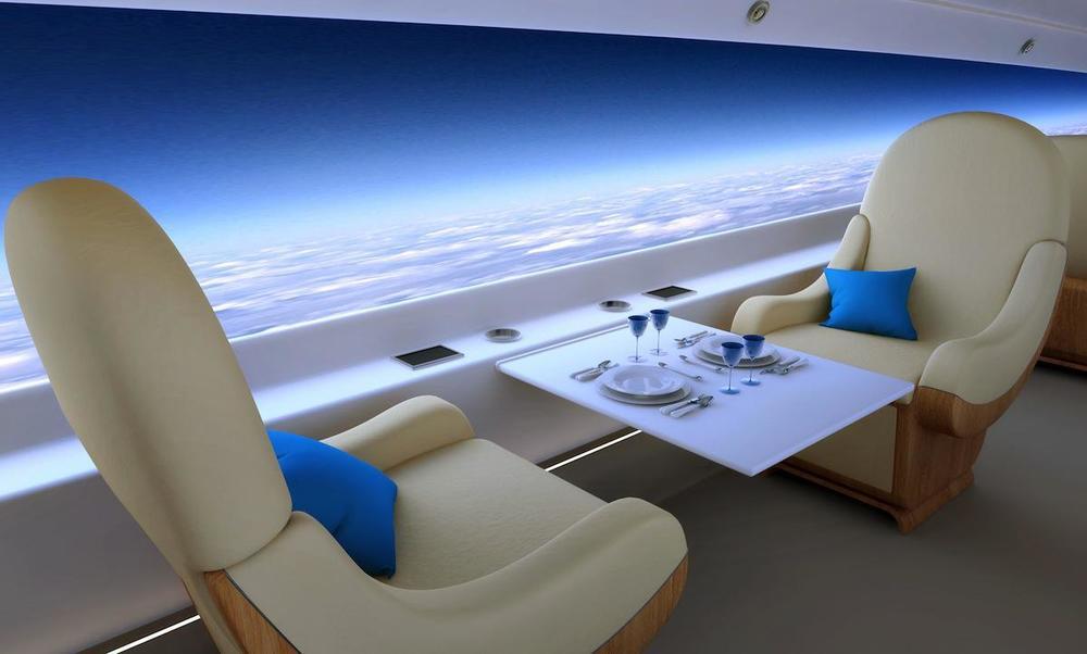 Le projet de jet privé supersonique  S-512  – sortie prévue en 2018 –. Une baie-écran restitue en streaming des images de ciel.