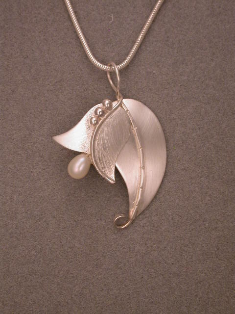 Leaf Blossom Necklace