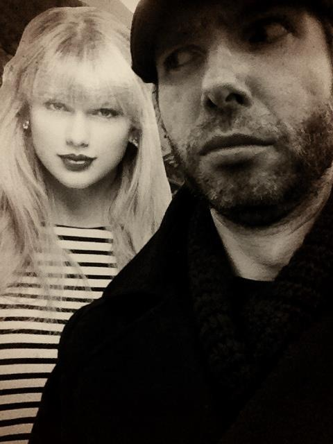 This chick is following me around Walgreens… #TaylorSwiftIsTheStalkingType