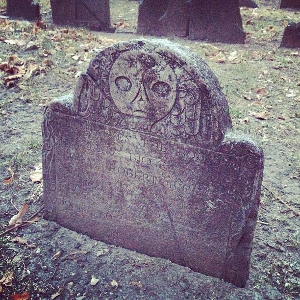 Old Skool graveyards in the city. #boston #graveyard #history
