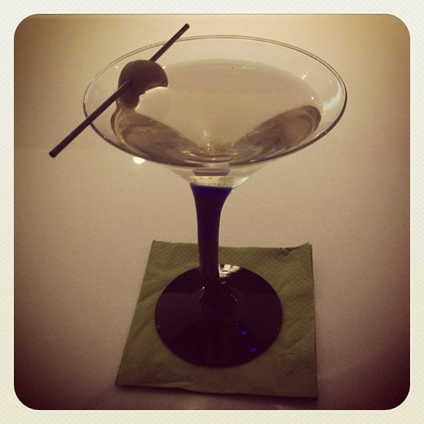 #martinihour #palmsprings #partyintgedesert #dirtymartini