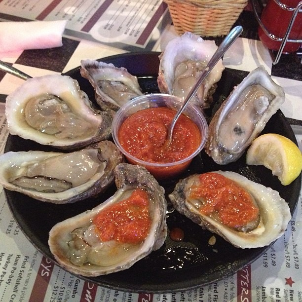 #Oysters !! #raw #neworleans #louisiana #acme  (at Acme Oyster House - Covington)