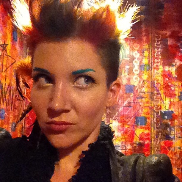 #rainbow #bathroom equals #bathroomphotoshoot !!! #wellhungheart @gretavalenti (at Ruby Room)