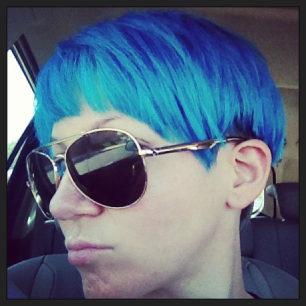 Hairs Did. #bob #fringe #blue #bluehair #shorthair #60sInspired #twiggy #SelfInspired