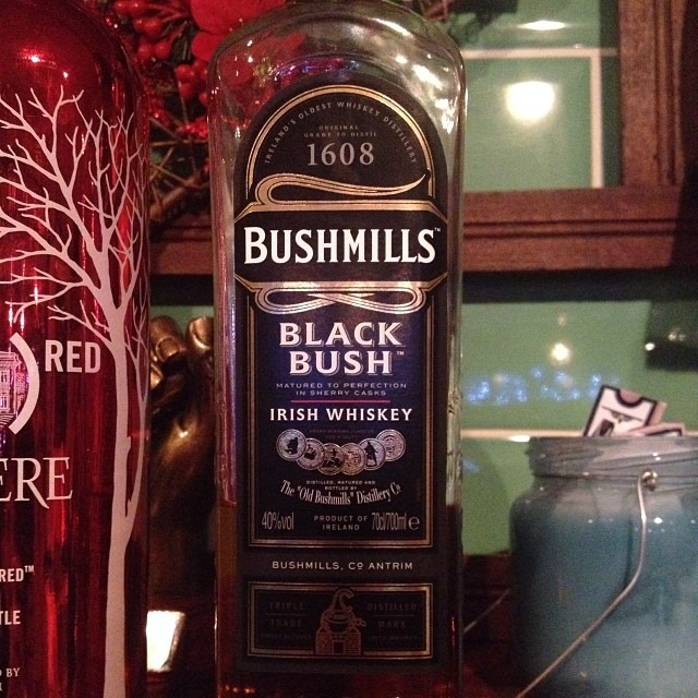 What a fun show @Cabin5150 last night ! You guys were amazing! Packed house. And extra thanks for the bushmills black. ;) Yummmmm