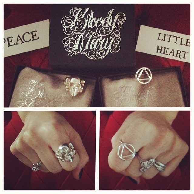 Pretty much the coolest #belated #xmas gift one could receive came in the mail today from @therobindavey . @bloodymarymetal #ilovebloodymarymetal #ineedasponsorship #seriousrocknroll #bestgiftever #amazingpackaging @wellhungheart #wellhunghands #skullring