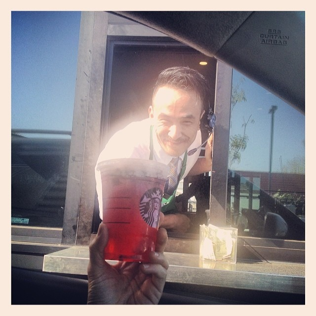 @starbucks In Orange,CA on Chapman/Tustin #payitforward chain going on now for over 45 min! Buy a drink for the person behind ya! Thanks black truck for our free #BerryRefresher ! (at Starbucks)