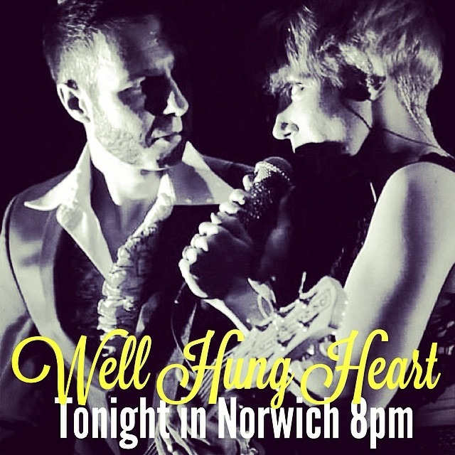 Tonight in #Norwich - 8pm . @wellhungheart with @federalcharm and @TheHoaxUk . (Photo by Ken Ansted) @therobindavey @gretavalenti #uktour #band #rock #punkblues