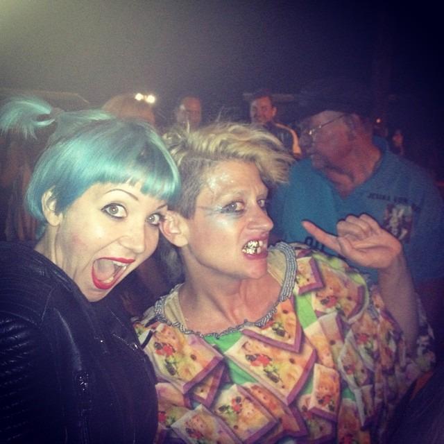 And then I met @peaches!!!!!!!#TheTeachesOfPeaches #theQueen #fuckthepainaway