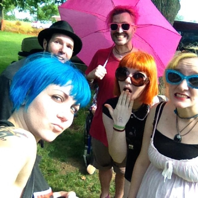 Finally with my favorite band and people @mrclitandthepinkcigarettes !! #ShelbyUndergroundMusicFestival #Shelbyville #Indiana #livemusic #punkshow #wellhungheart #mrclit #madein48 #bluehair #orangehair #pinkhair #sorrydaviditspink