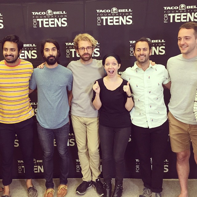That one time…(today)..when i got to meet and film @YoungTheGiant for the #TacoBellFoundationForTeens ! @ocmusicawards @wellhungheart @therobindavey #growvision #tacobell #myjobrules #youngthegiant