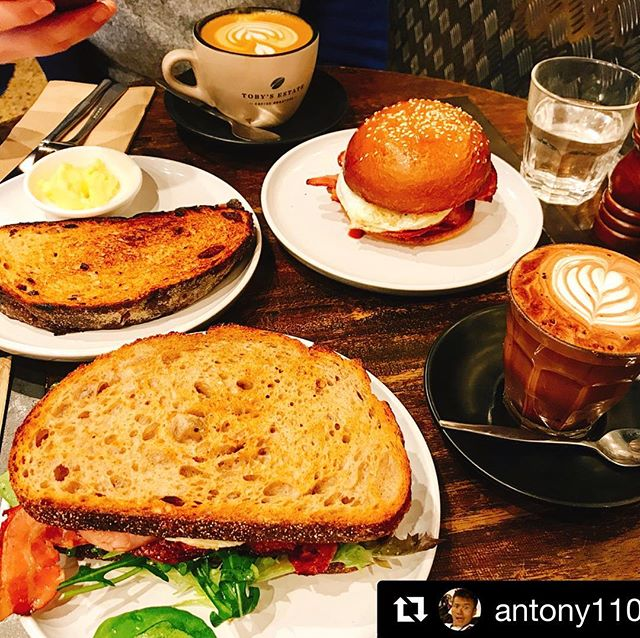❤️🥓❤️🥪❤️🧀❤️🥗❤️ Spread on the table #Repost @antony11092002 ..... . . #marcelleonmacleay  #marcellexo  #sydneybrunch  #sydneybreakfast  #sydneycoffee . . . #sydneylife #sydneyfood #Sydneycafes #australianproduce #sydneyfoodies  @destination_nsw @visitnsw @cityofsydney @goodfoodau