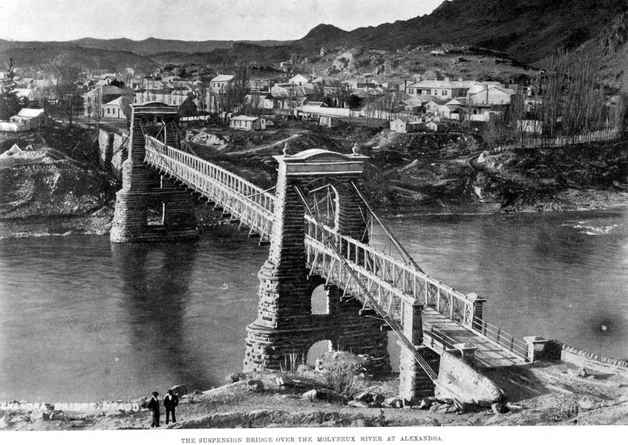 ALEXANDRA_BRIDGE_MAY_13_1903.jpg