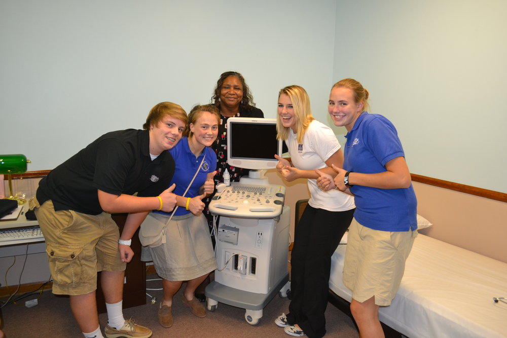 WFL thumbs up at sonogram machine Sept 2011.JPG