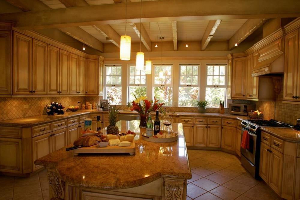 lrg-9-kitchennook.jpg