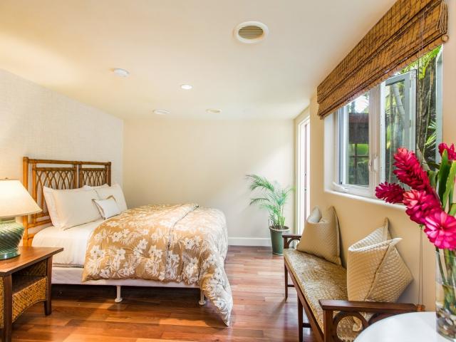 Bedroom-Suite-4_640x480_1926064.jpg