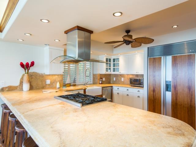 Kitchen_640x480_2223993.jpg