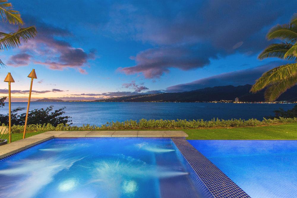 176 Hanapepe Loop Honolulu HI-large-066-53-Twilight-1500x1000-72dpi.jpg