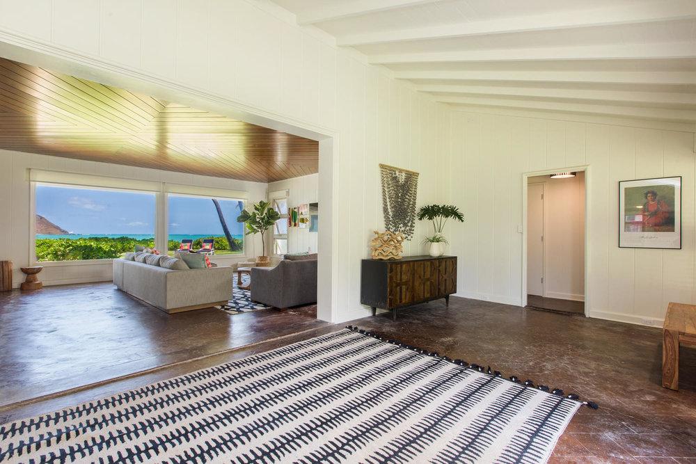 1502 Mokulua Dr Kailua HI-large-005-34-Entry Foyer-1500x1000-72dpi.jpg