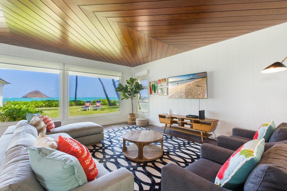 1502 Mokulua Dr Kailua HI-large-006-51-Living Room-1500x1000-72dpi.jpg