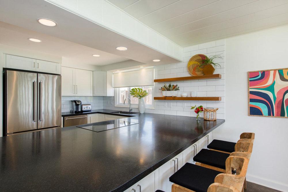 1502 Mokulua Dr Kailua HI-large-008-39-Kitchen-1500x1000-72dpi.jpg