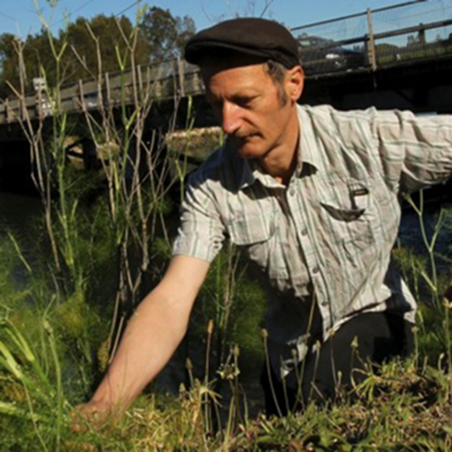 - Forager Diego Bonetto reaps the benefits of edible weeds, Georgina Safe, The Sydney Morning Herald, 8 July 2015