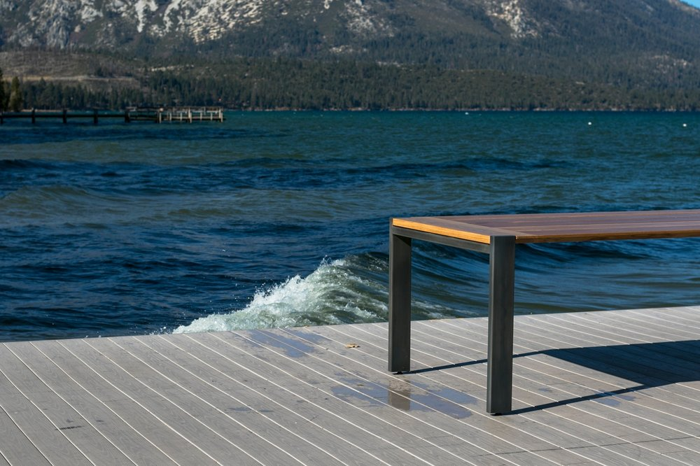 WHITE OAK WITH BRUSHED PATINA POWDER-COATED STEEL & OUTDOOR FINISH