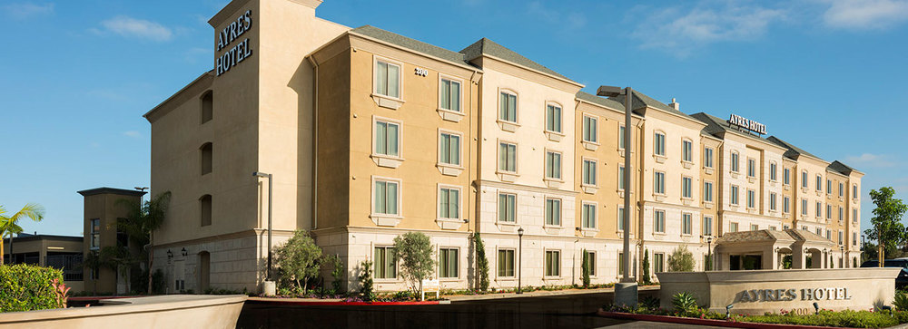 Just 3 miles from the Chapman University Partridge Dance Center, the recently-constructed Ayres Hotel partners with Backhausdance to offer single to quad occupancy studio suites for our chaperoned housing students.