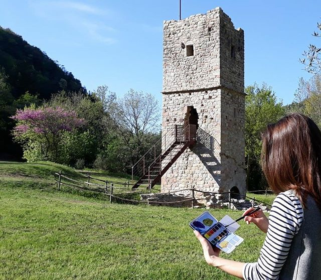 This old tower was once a lookout connected to a mill that was powered by the stream that runs in this valley. Lucky to live so nearby the bosco (forest) di San Francesco, which is a protected natural area just outside of the Assisi walls.