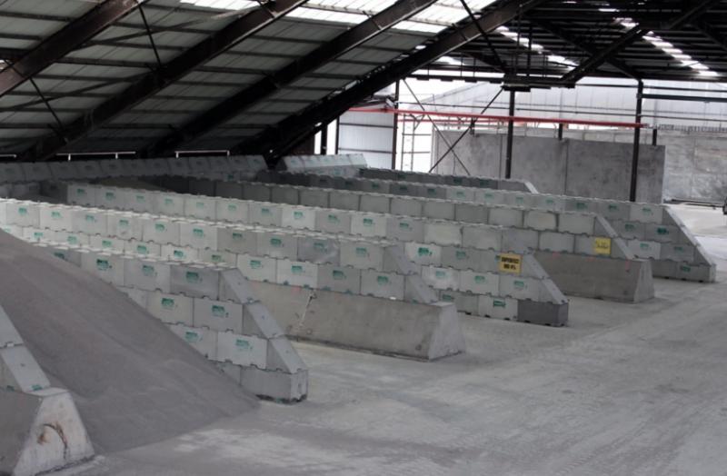 Bulklager_vägsalt_kol_metaller_cement_spannmål_djurfoder och trävaror-3.jpg