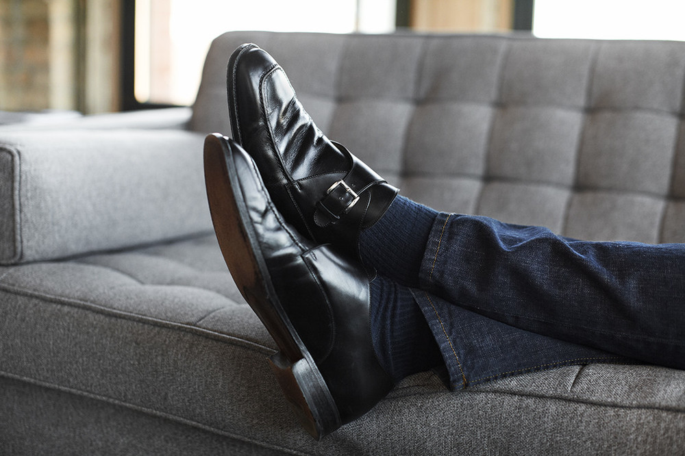 What Shoes Do Gentlemen Wear With Jeans
