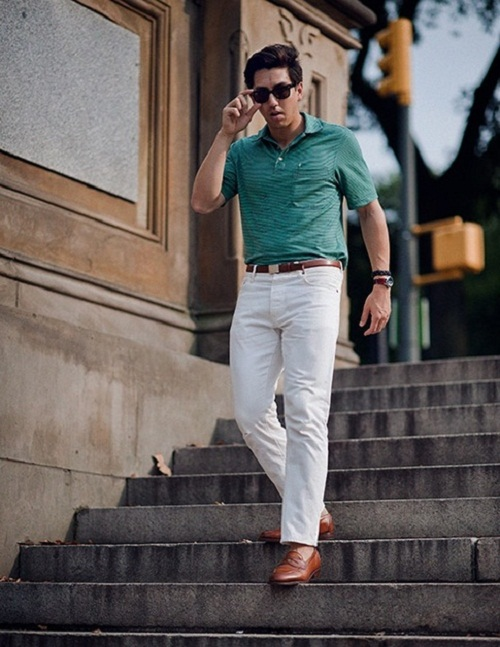Chili leather shoes wearing well with white jeans to give a sophisticated look.