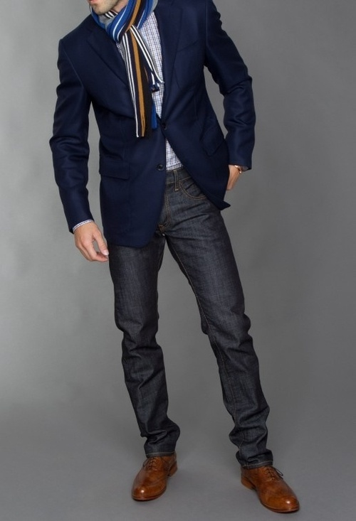Shoes to Wear with a Blazer and Jeans. Your options are pretty wide with shoes, but be careful that your choices are not too casual. A great suede or leather loafer, oxford or boot complements a blazer/denim combination perfectly and will allow your looks to register as more dressed up.