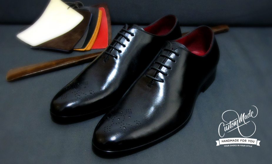 Black Wholecut with Medallion Toe. Characterize by its simplicity and elegance(very formal - meant for black tie events)
