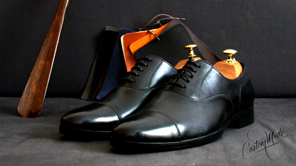 Black Captoe Oxfords. Timless. (formal - perfect for black, blue, and dark grey suits. Also good for your everyday office wear)