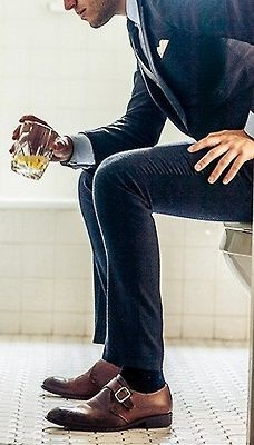 brown-shoes-dark-socks.jpg